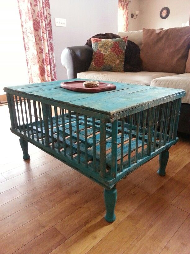 Chicken coop coffee table diy chicken coops vintage for Wooden chicken crate plans