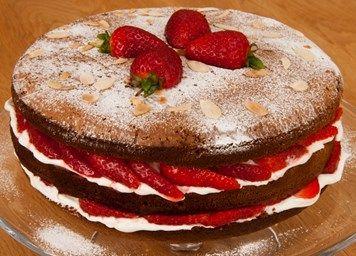 Strawberry and mascarpone Italian sponge recipe | Baking & Desserts
