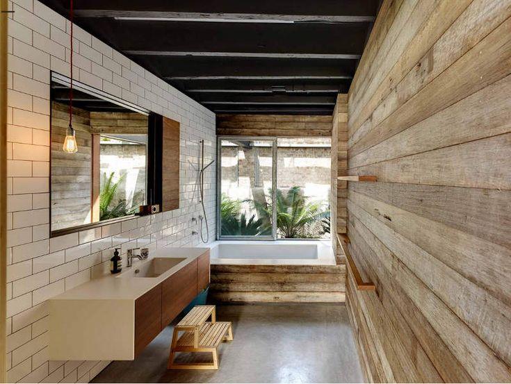 Warehouse bathroom by Virginia Kerridge http://www.desiretoinspire.net/blog/2013/10/23/the-heart-of-a-warehouse.html