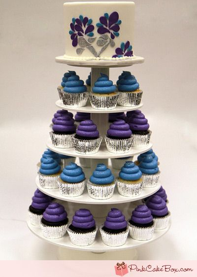 Sweet Sixteen Cupcake Tower: Big Cakes, Sweet 16 Cakes, Cupcakes Ideas, Pink Cakes, Color, Cakes Boxes, Sweet Sixteen Cupcakes, Cupcakes Towers, Sweet 16 Cupcakes
