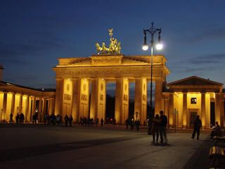 Berlin New Years Eve 2015 Fireworks, Events, Webcams, Parties, Hotels, Bars, Concerts, Restaurants