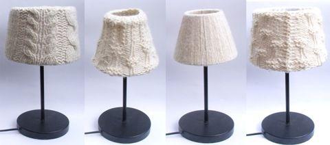 Lampekap van mouw van oude trui