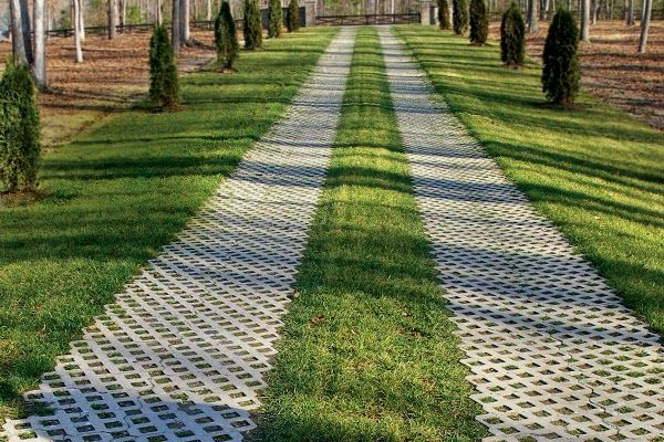 17 best images about driveway on pinterest old world for Green pavers