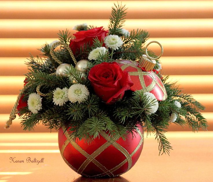 130 best Christmas Flowers images on Pinterest Christmas flowers - christmas floral decorations