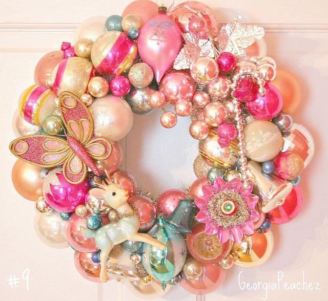 §§§ : Georgia Peachez Wreath : http://www.flickr.com/photos/georgiapeachez/sets/72157609558194372/