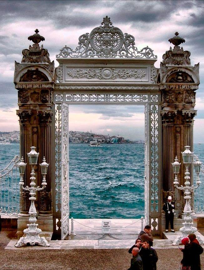 Ah Güzel, İstanbul More news about worldwide cities on Cityoki! http://www.cityoki.com/en/ Plus de news sur les grandes villes mondiales sur Cityoki : http://www.cityoki.com/fr/