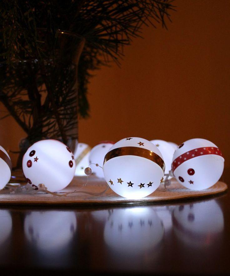 Bombki Led - idealna dekoracja w 5 minut na Święta. Sprawdź na www.dekostacja.pl Zapraszamy