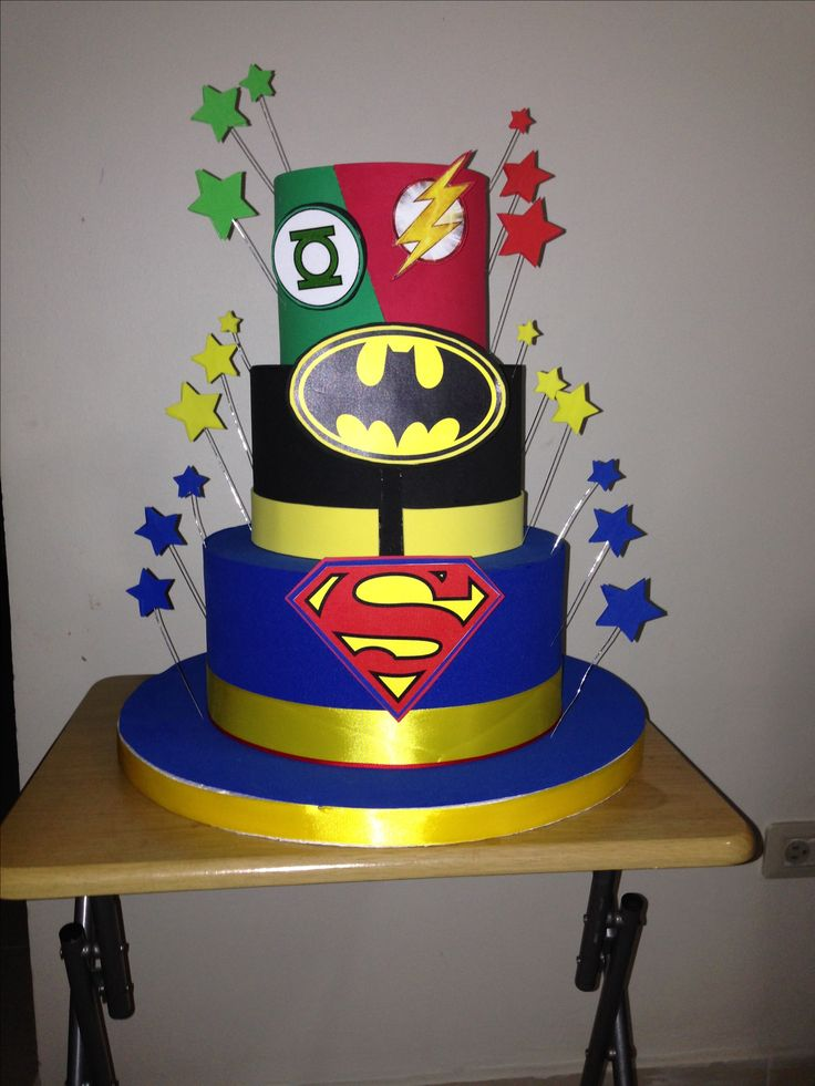 Justice League Dummy cake, with foamy.