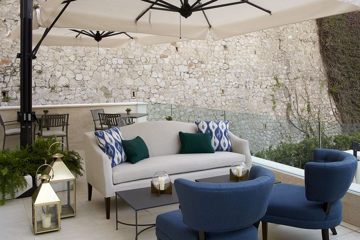Luxury upholstered outdoor furniture