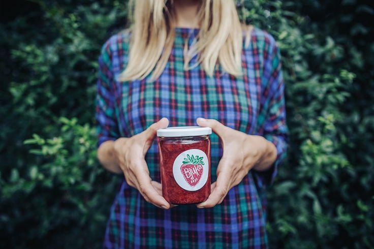 strawberry jam label / Nikola Malenová / tabletters