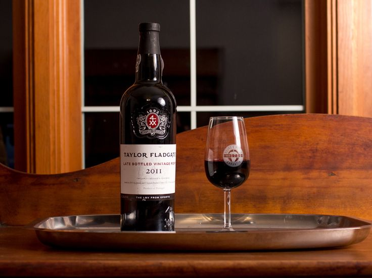 Taylor Fladgate 2011 LBV with Scott Zwiesel Official Port Glass