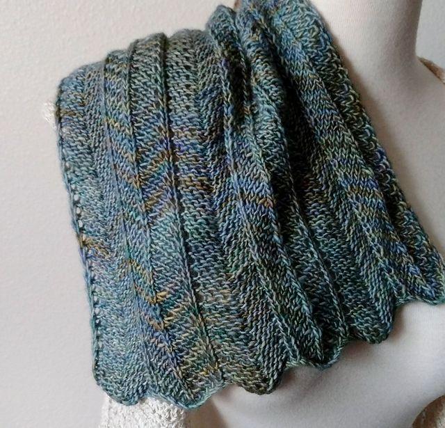 one row chevron scarf pattern by nick davis free pattern