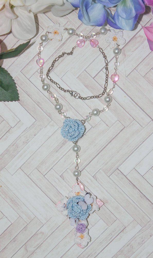 Bouquet Cross n.002 by BlueberrySodaShop on Etsy