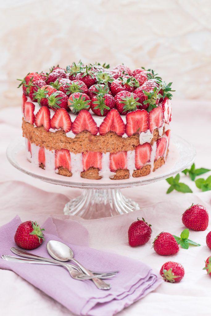 Cottage-Cheesecake mit Erdbeeren