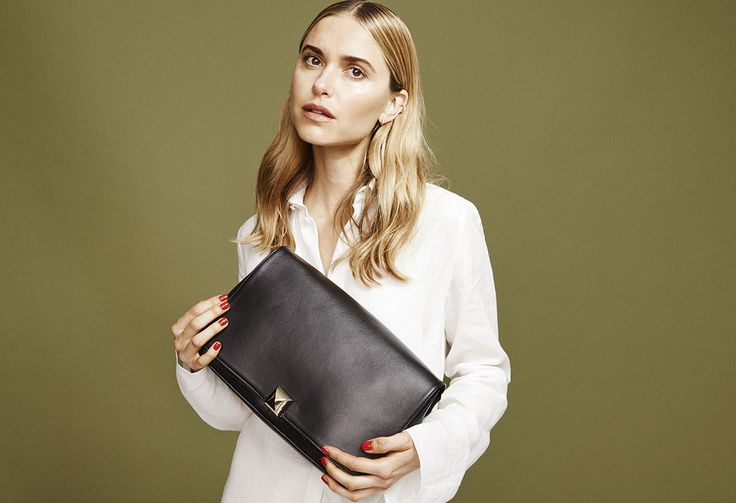 Pernille Teisbaek with our Sascha jumbo bag in the SS16 campaign! #leowulff #blackbag