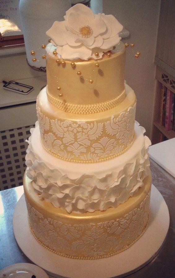 Fondant Cake Icing Video