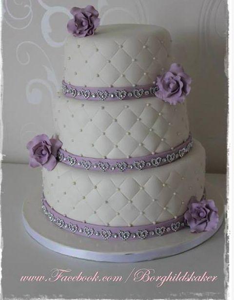 bryllupskake. Borghild`s kaker lilla hvit. Purple White Wedding cake