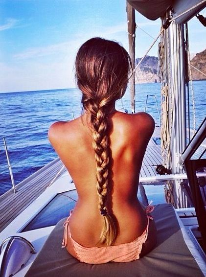 Gorgeous long braid can be achieved through these crazy awesome hair tricks that totally work! pin now, read later