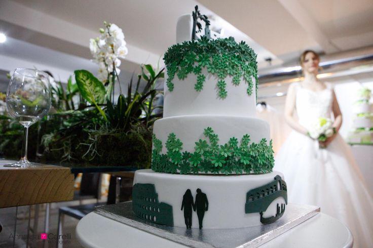 La greenery Wedding cake parla d'amore!! Love story Wedding cake, what a cool idea!! Milano, design week 2017