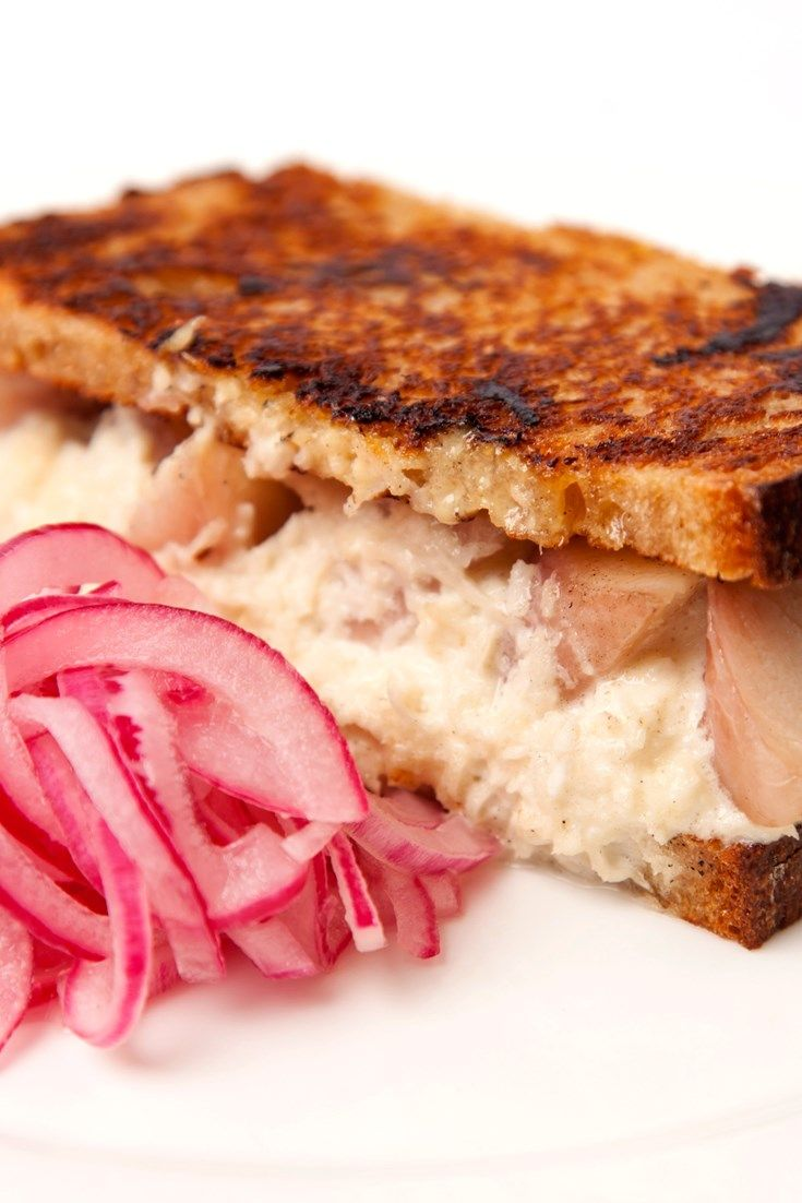 A signature dish by chef Jeremy Lee, this smoked eel sandwich recipe has followed this chef from restaurant to restaurant. A fantastic toasted sandwich recipe, this pairs smoked eel with fiery horseradish, mustard and a stunning pickled onion recipe.