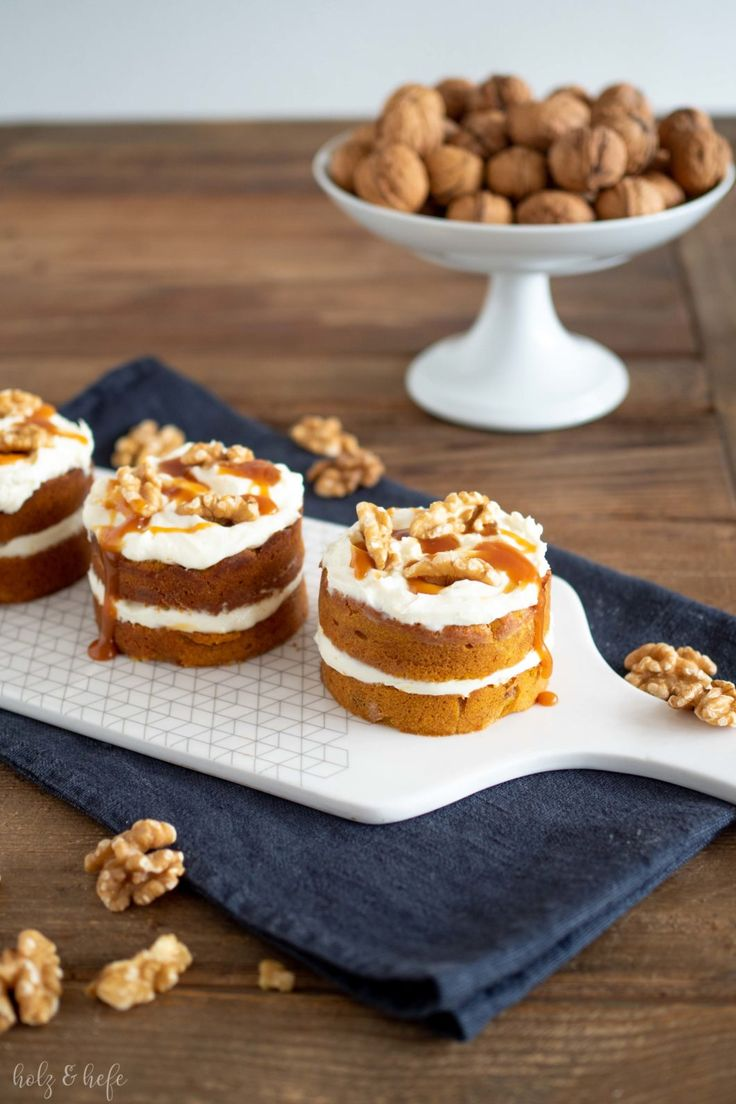 Pumpkin and walnut tarts with salt caramel
