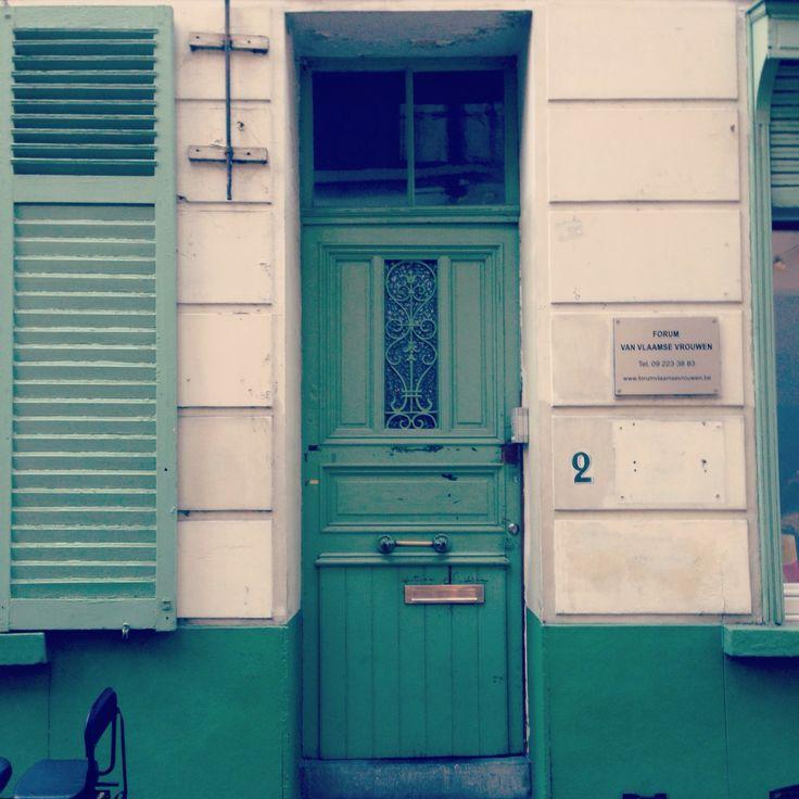 Ik raak groene deuren nooit beu. #gent (332/365)