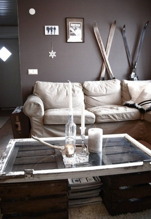 DIY Coffee Table ~ I love this whole room!