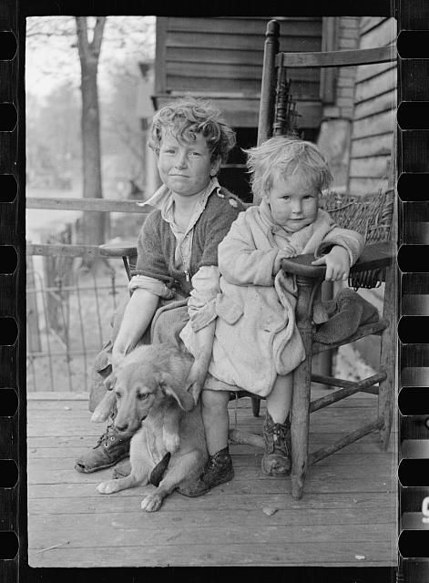 ~Kids and their dog~1936: