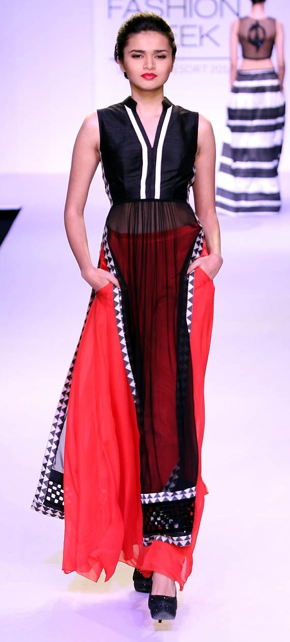 Lakme Fashion Week 2014: Vijender Singh believes walking on ramp easier than boxing (see pics)