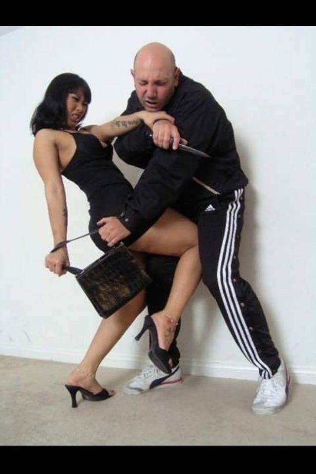 Pin by Full Fbb Y Mas on Ballbusting | Martial arts women