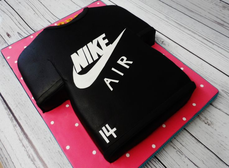 Nike ladies T-Shirt cake.  https://www.facebook.com/316632701683604/photos/pb.316632701683604.-2207520000.1451424990./1161308800549319/?type=3&theater