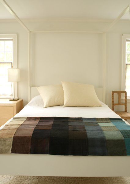 Our Felted Wool Patchwork Quillow has been a favorite Bee project ever since we posted it last winter. And no wonder! It