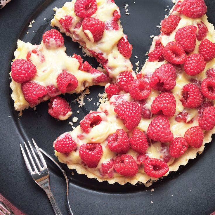 Twelve of our favourite summer pies and tarts: raspberry cream tart - Chatelaine