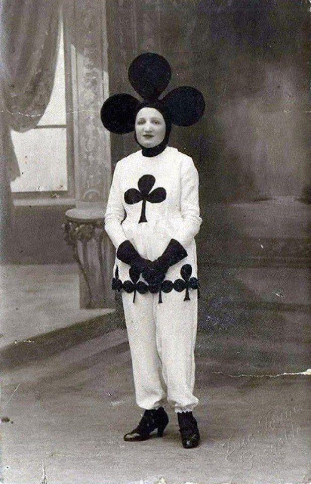 Halloween suit, 1920s