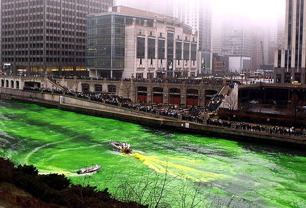 Fiume verde Festeggiamenti per il St. Patrick's Day a Chicago in Illinois - Cerca con Google