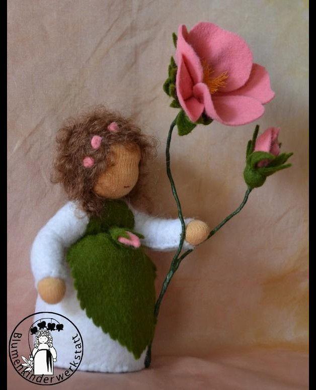 Jahreszeitentisch - Heckenrose Jahreszeitentisch Blumenkind Sommer - ein Designerstück von Blumenkinderwerkstatt bei DaWanda