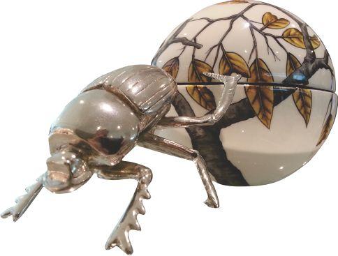 Dung Beetle Acacia Leaf ZAR1900.00