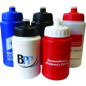 Our 500ml Baseline Bottles are perfect for sporting events whether they are in School or from an office or work space. The generous print area offers a great print zone for a logo and company details along side one another. Promotional Sports Bottles are a gift that will be used time and time again and can be used as a fitness incentive come the New Year to enable people to be pushed to achieve their goals on the football pitch or during lunchtime runs!
