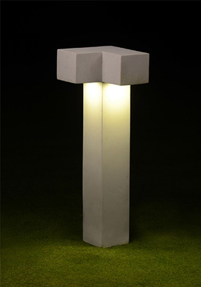 Symmetrical stylish outdoor bollard lighting bollard posts pathway lighting outdoor lighting