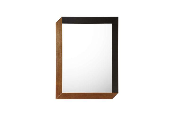 taglio a misura dello specchio, elementi della cornice accompagnati, incollati e finiti a mano  Materiali: noce  Dimensioni: 83 x 63 x 2, 90 x 40 x 2  Peso: 6 kg, 5kg  Download scheda prodotto