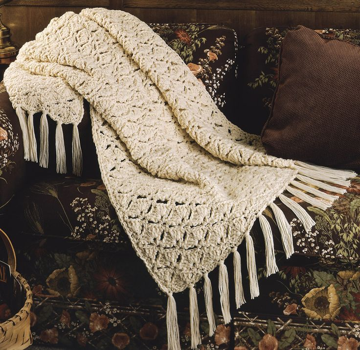 119 best crochet afghan white images on pinterest knitted leisurearts online has wide collections on crochet winter e patterns in white crochet afghan patterns this ultra warm wrap works up quickly and easily with dt1010fo
