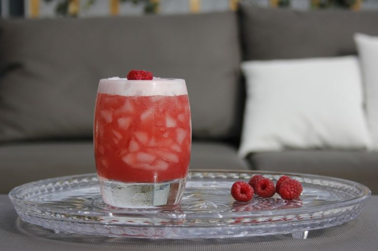 Red Mambo cocktail recipe on Cocktailicious.nl