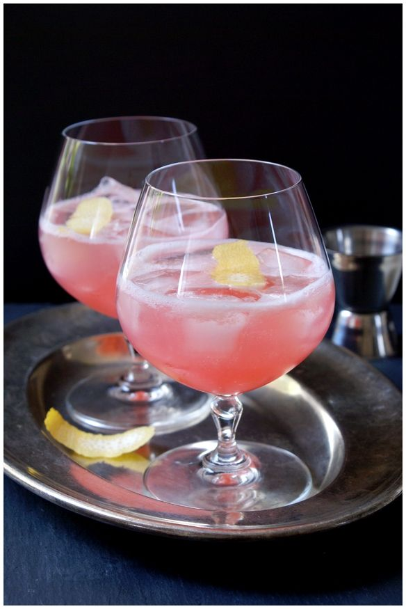 Rhabarber Gin Fizz | Compliment to the Chef