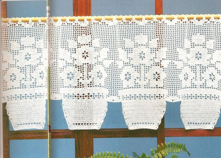Filet crochet lace curtain - Pattern: http://www.pinterest.com/pin/374291419005220315/