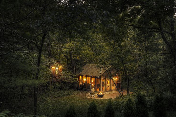 Wisconsin Cabin to rent. glass house low.jpg