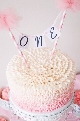 1st Birthday Cake - love the icing the most - - Wish I had seen this before Addy's first birthday.  Could use this idea for #2, maybe?  Very, very cute!