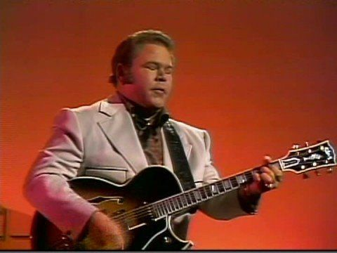 Roy Clark||'Malagueña'::7/13/1969 -  A recognized legendary specialty of his. Written by Ernesto Lecuona (originally, sixth movement of his Andalucia Suite) Note: the spinning red frame was part of the original program..  :(