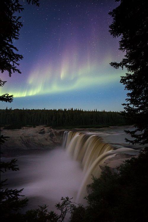 Alexandra Falls, Northwest Territories, Canada \\ Adam Hill