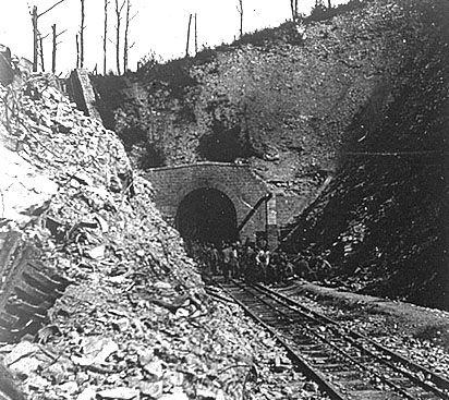 Verdun -Le tunel de Tavannes 1916