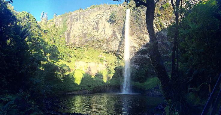 Bridal veil falls, Raglan New Zealand